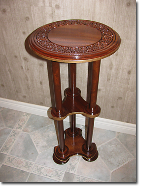 Beyond Carving :: Pedestal Table
